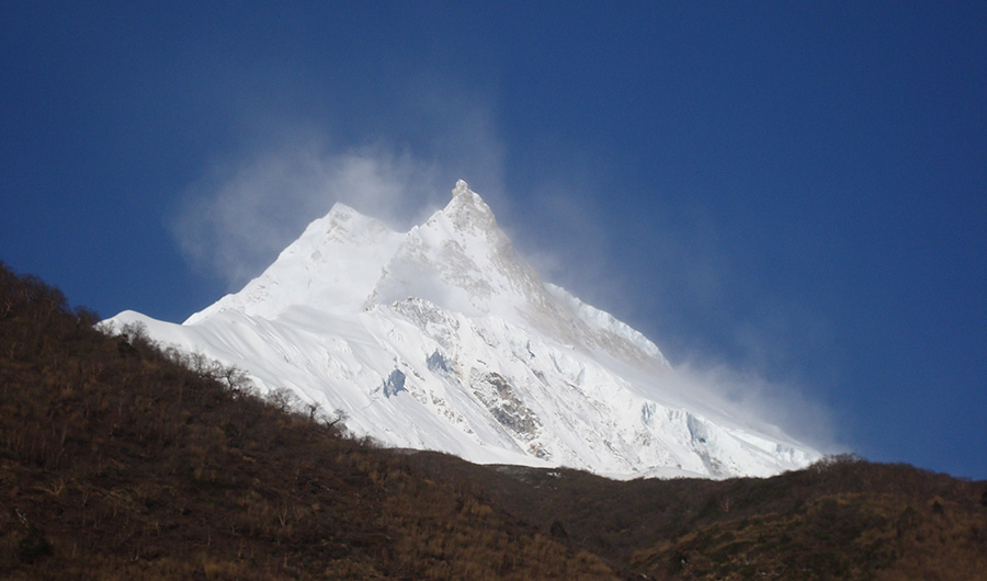 Manaslu Trek Via Larke pass 18 Days