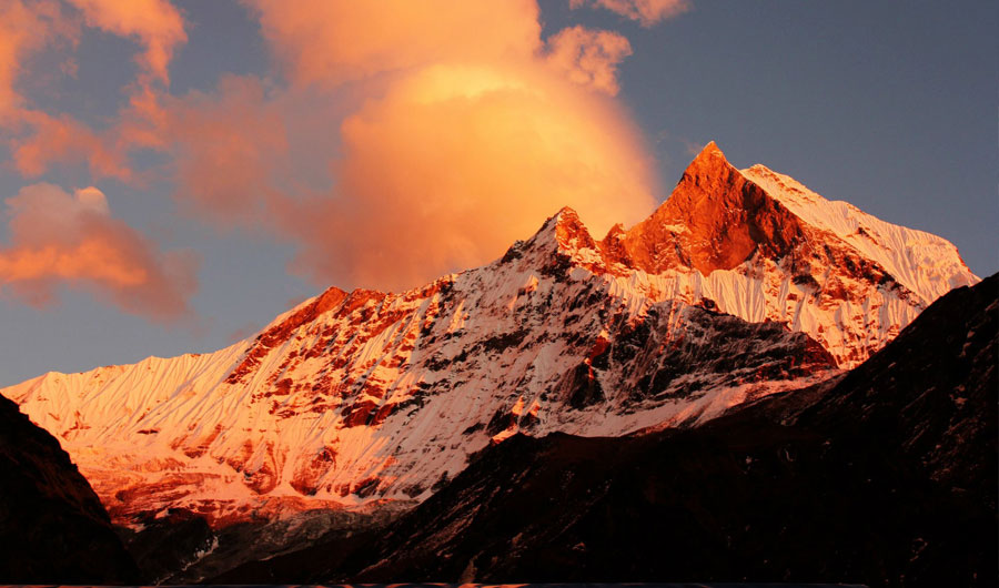 Himalayan Sunrise and Sunset Tour
